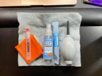 macbook-monitor-cleaning-items-a